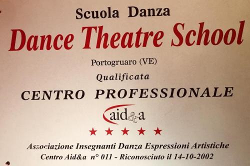 [ASD Scuola di Danza DANCE THEATRE SCHOOL - Contatti]