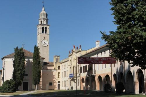 [Cordovado: borgo medievale tra Veneto e Friuli]