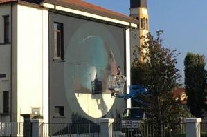 [Lugugnana inaugura l'opera di street art dedicata a Galileo Galilei]