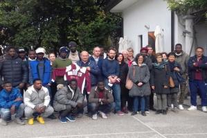 [Nuova squadra di calcio maschile a Portogruaro. Una porta verso l'integrazione]