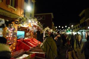 [Pista di pattinaggio e casette in centro storico a Caorle fino al 28 gennaio]