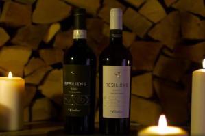 [�Resiliens�, la nuova linea di vini dell�azienda agricola �Le Carline�]
