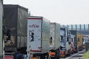 [Traffico in A4. Legambiente: Due regioni bloccate]
