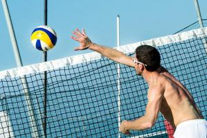 [Il beach tennis e beach volley alla Piterpan Beach Arena di Caorle]