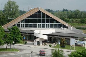 """[Al """"Centro Nuoto Portogruaro"""" la gestione della Piscina comunale]"""