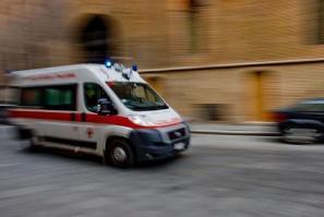 [Cade dal terzo piano, 14enne ricoverata all'ospedale di Mestre]