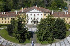 [Una domenica pomeriggio alla scoperta del Bosco di Alvisopoli, della Villa Mocenigo e della sua rara rosa]