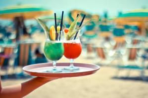 [Click&Drink: a Lignano si ordina su App dall'ombrellone]