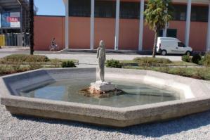 [Nuovo look per le fontane dei giardini dello Stadio P.G. Mecchia]