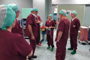 """[Lanzarin in ospedale a Portogruaro: """"Nuovo robot chirurgico e ancora investimenti""""]"""