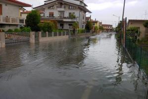 [Forti piogge nel primo pomeriggio di ieri: disagi a San Nicolò e Fossalato]