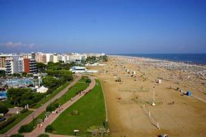[Nuova spiaggia a Bibione: domani l'apertura]