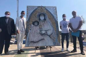"[L'artista Dì Berg dona a Caorle l'opera ""Madonna dell'Angelo 2020""]"