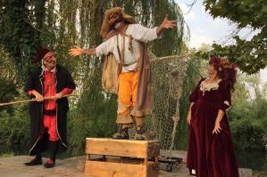 """[Festa delle Risorgive a Portogruaro con """"La commedia in barca""""]"""