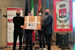 [Una donazione di 3mila mascherine al Comune di Portogruaro]