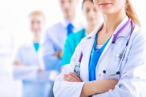 [Personale sanitario non vaccinato: l'Ulss4 annuncia provvedimenti]